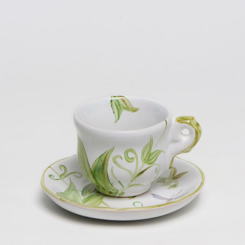 Xícara-de-café-borboleta-com-libélula